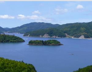 カズラ島全景